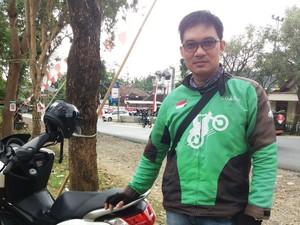 Kisah Hidup Driver GO-JEK yang Juga Pegiat HIV/AIDS