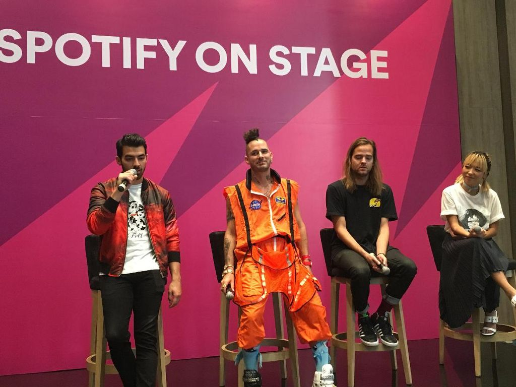 DNCE Bakal Buka Spotify On Stage dengan Cake by the Ocean