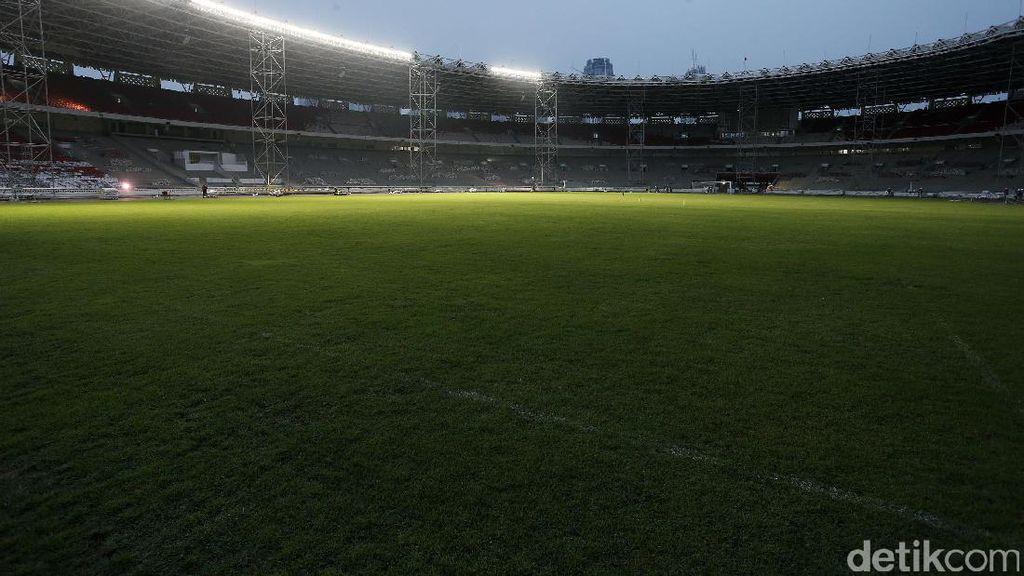 Foto: Kini Stadion GBK Dilengkapi Lampu Kelas Dunia