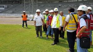 Menteri PUPR Basuki Sidak Renovasi SUGBK dan Kawasan Kolam Renang