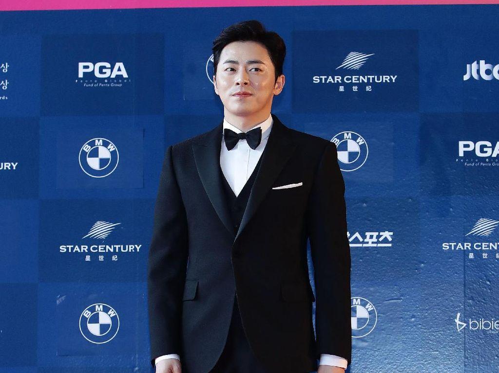 Jo Jung Suk Nyanyikan Soundtrack Drama Hospital Playlist