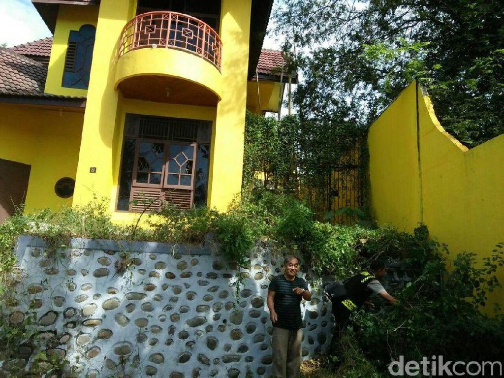 Foto: Wujud Rumah Kuning yang Diisukan Berhantu di Gowa