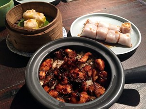 Ling Ling: Sedapnya <i>Claypot Rice</i> dan <i>Cheung Fan</i> Gaya Oriental
