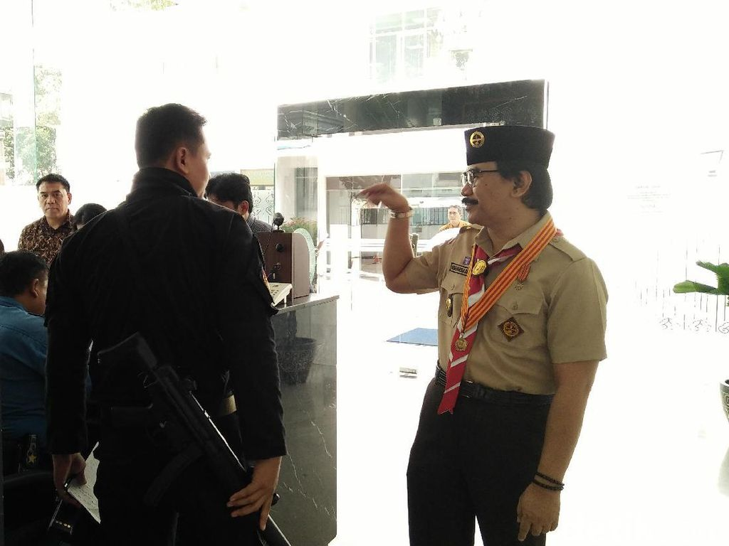 Adhyaksa Dault Temui Presiden Jokowi di Istana