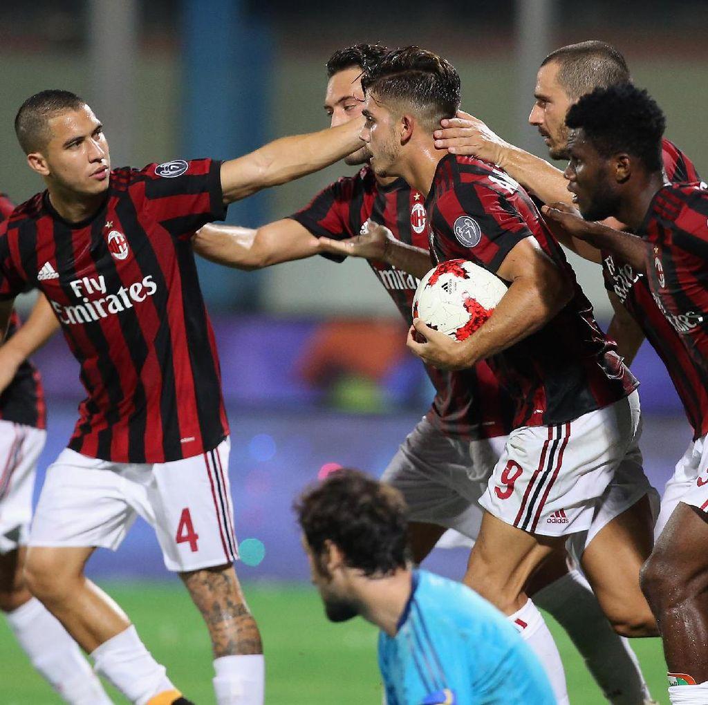Milan Dinilai Masih Tertinggal dari Juve dan Napoli