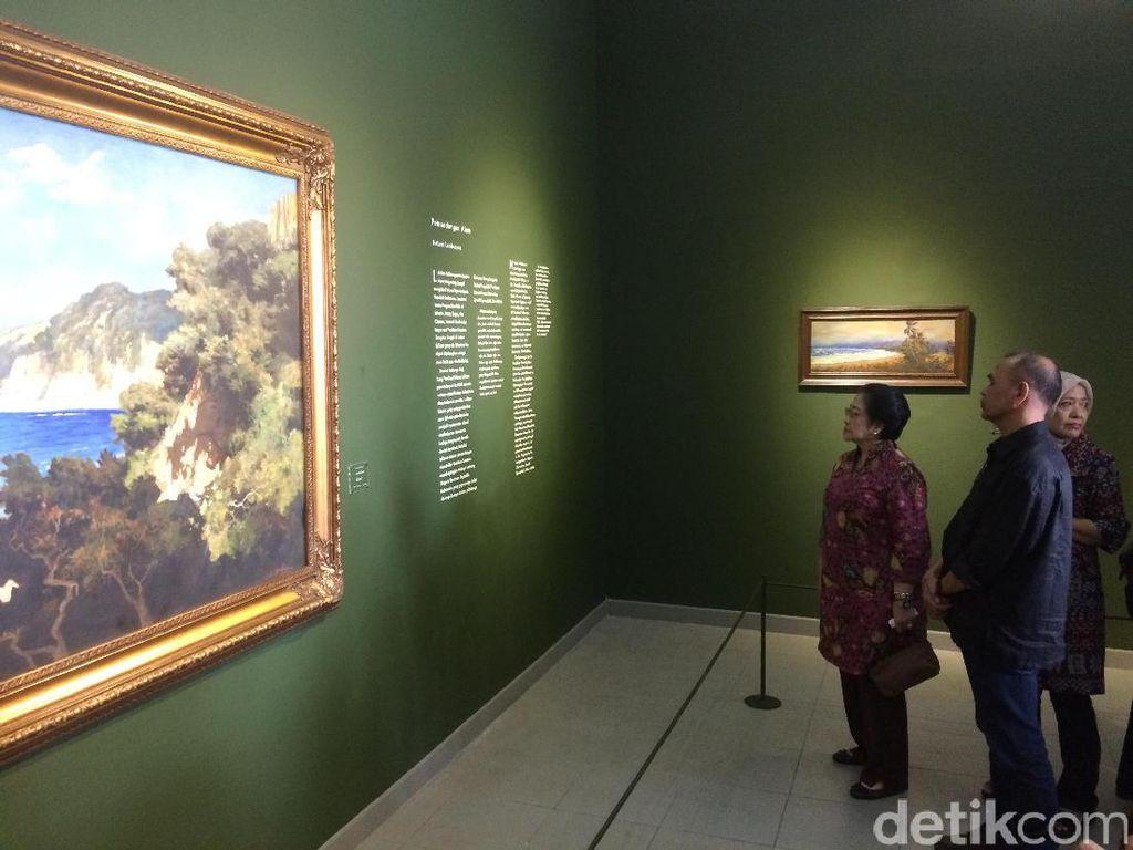 Megawati Kunjungi Pameran Lukisan Kepresidenan di Galeri Nasional