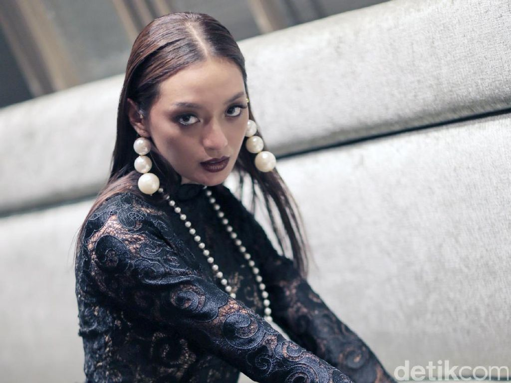 Jalani Adegan Berbahaya di Sekte, Asmara Abigail Tak Pakai Stuntman