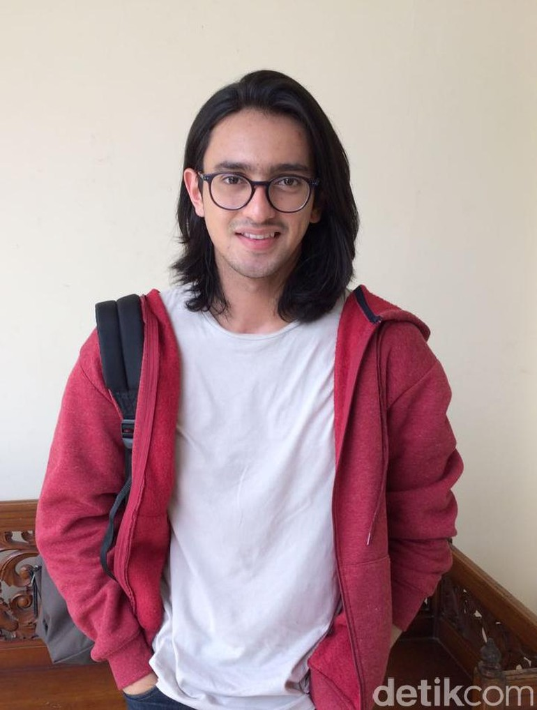 Foto Gaya Rambut Panjang Pria Indonesia - Anime Obsessed