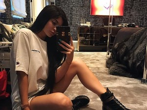Kylie Jenner Menghindar Ditanya Soal Kehamilan