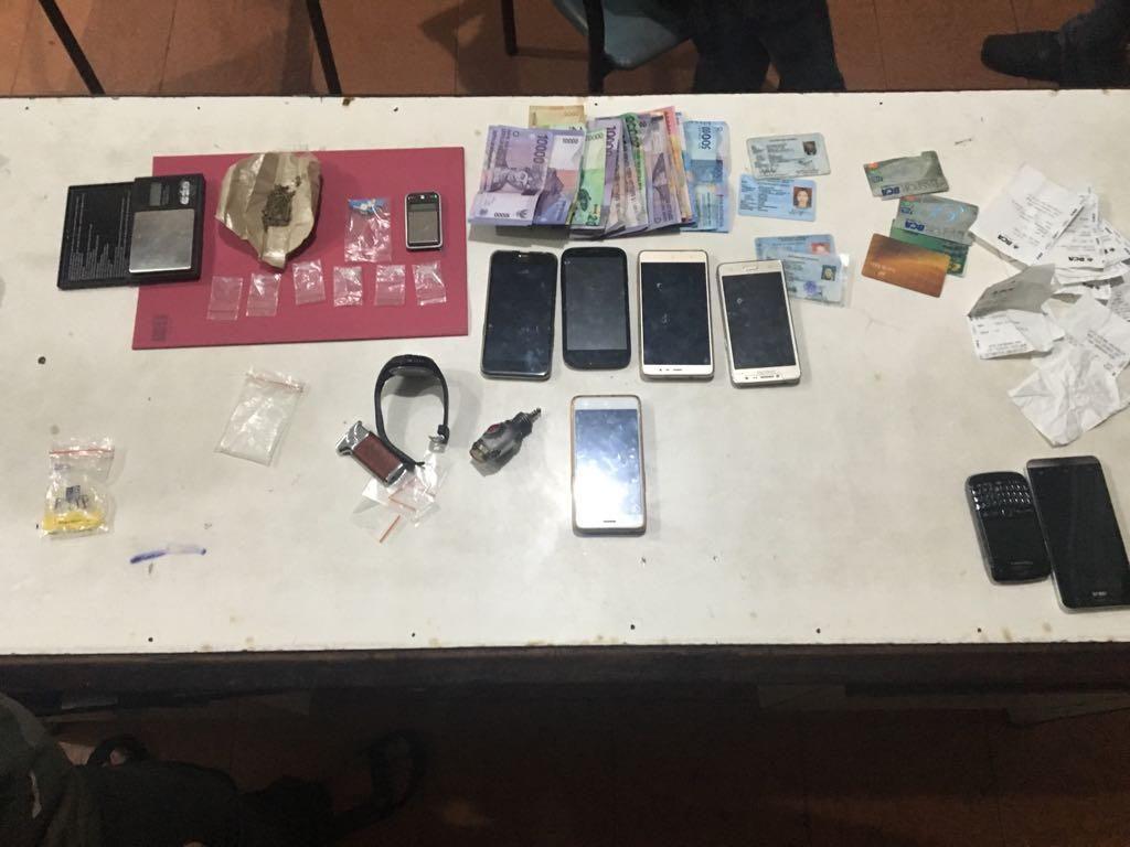 Operasi Narkoba, Polsek Tebet Tangkap Bandar dan Pemakai Sabu