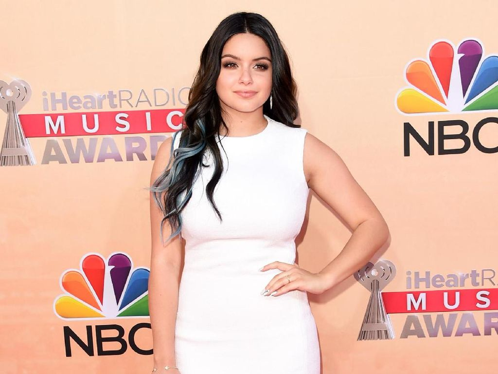 Pembelaan Ariel Winter Pasca Dikritik Gaunnya Terlalu Seksi di Emmy Awards