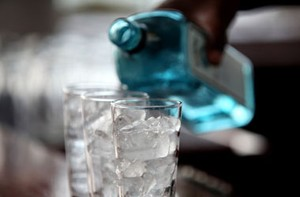 Penggemar Gin Kini Bisa Belajar di Sekolah Gin yang Dibuka di London