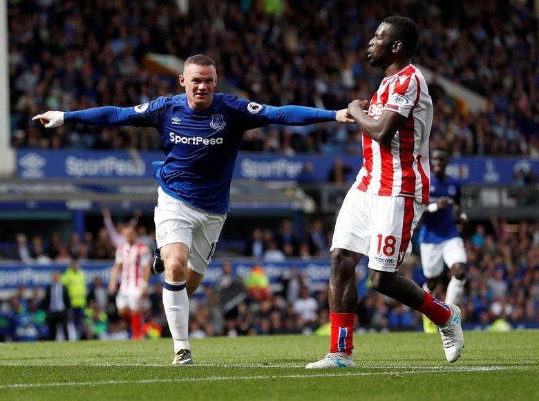 Rooney Bawa Everton Menang Tipis Atas Stoke