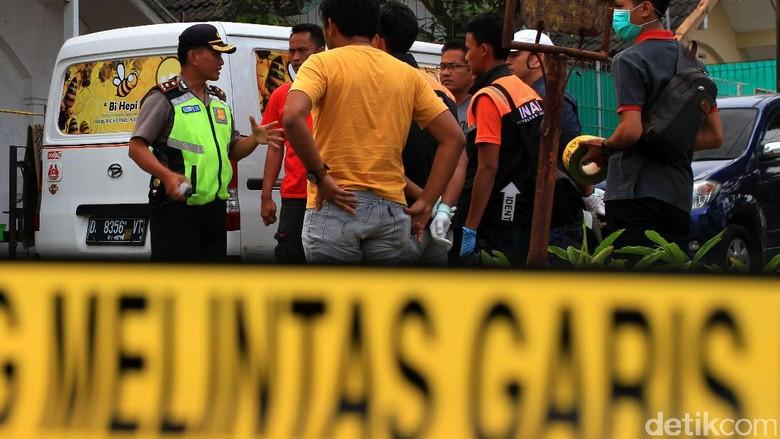 5 Terduga Teroris yang Ditangkap di Sumsel Tertutup Dengan Warga