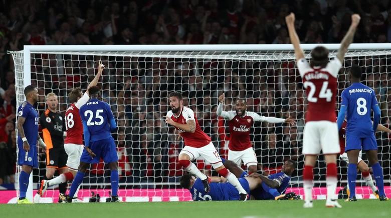 Wow ! Arsenal Kalahkan Leicester dengan Skor 4-3