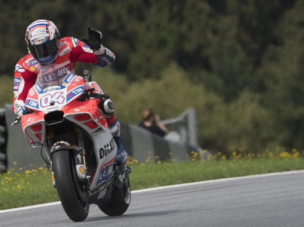 Menangi Duel Sengit dengan Marquez, Dovizioso Berjaya di Austria