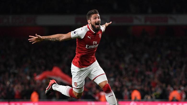 Akui Sempat Galau, Kini Giroud Mantap Bertahan di Arsenal
