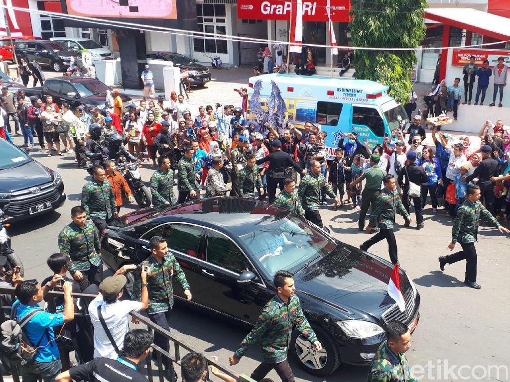 Jokowi Sudah Tiba di Jember Fashion Carnaval