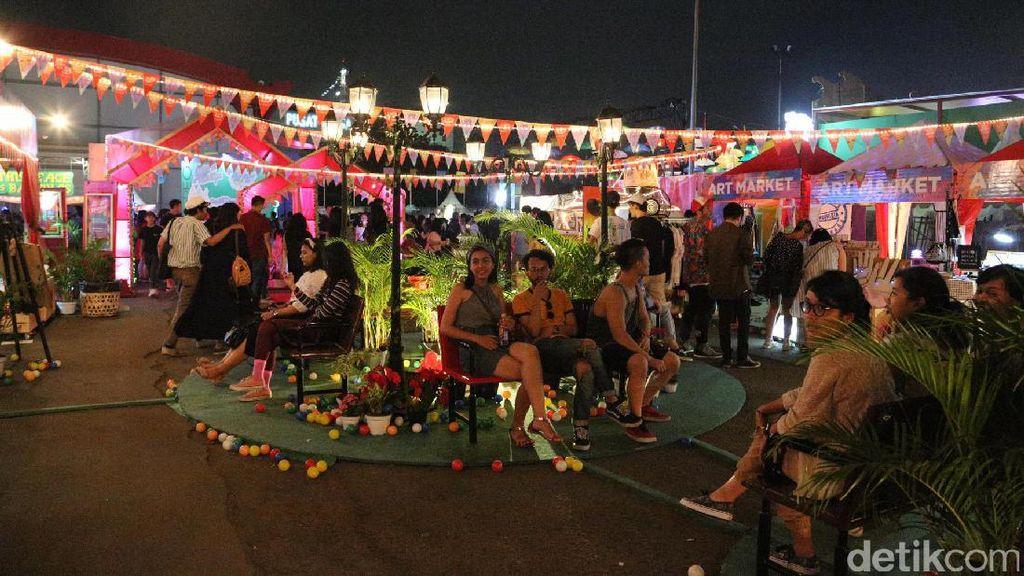 Keseruan di Art Village We The Fest 2017