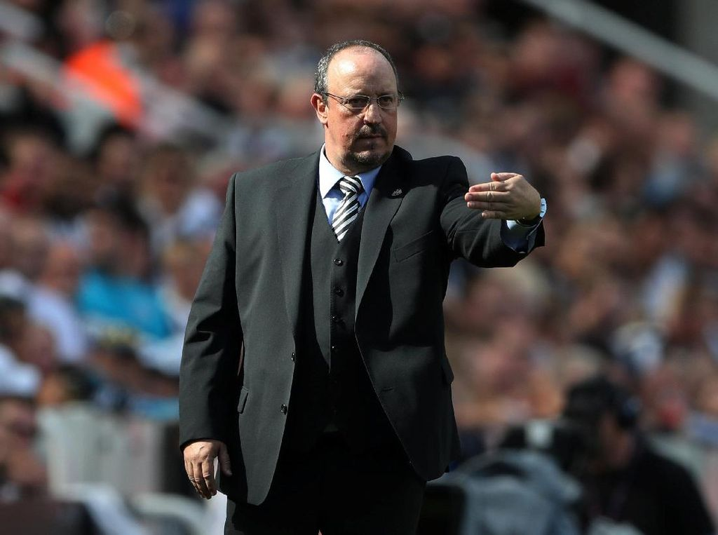 Tinggalkan Newcastle, Benitez Tangani Tim China?