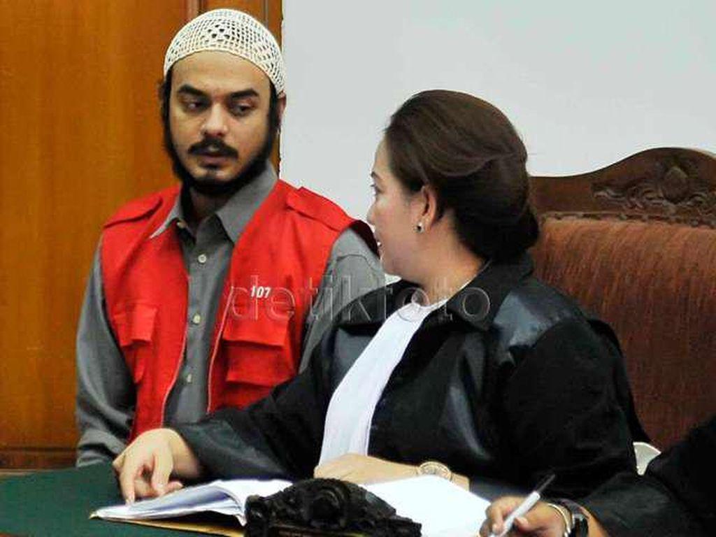 Sebelum Ditangkap Polisi, Rio Reifan Habiskan Waktu dengan Istri