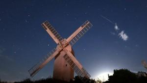 Hujan Meteor Perseid Yang Menakjubkan Terjadi di Inggris