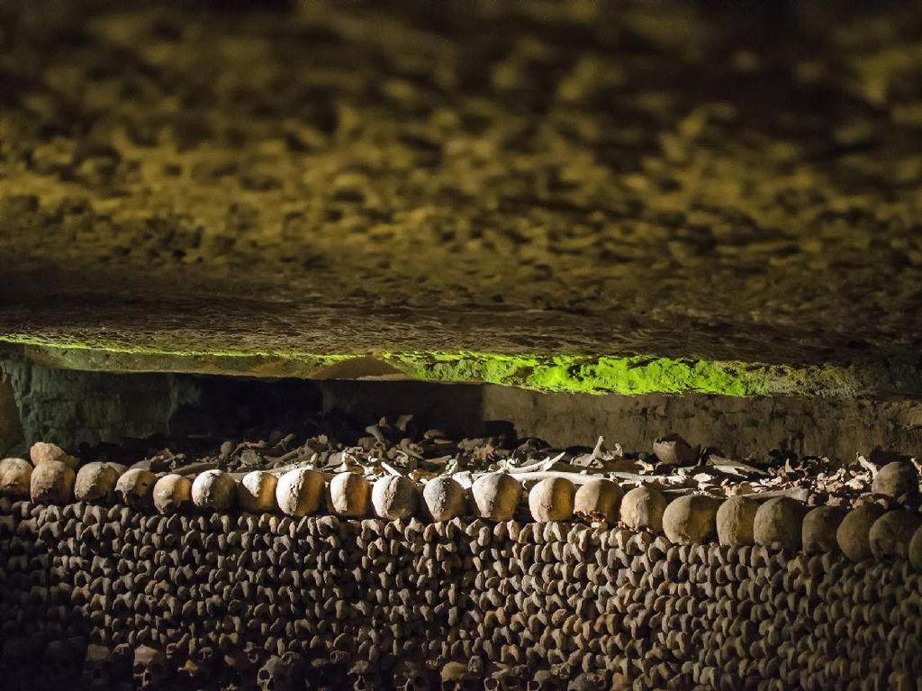 Foto: Jutaan Tulang Manusia di Bawah Kota Paris