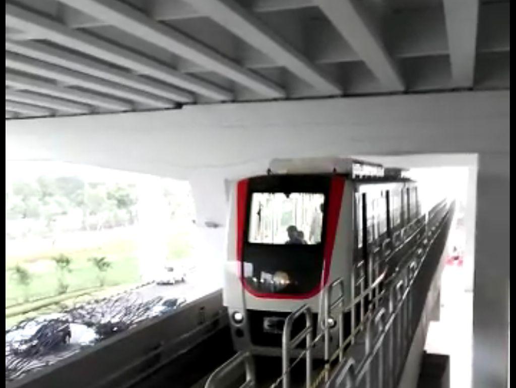 Skytrain Bandara Soekarno-Hatta Mulai Uji Coba