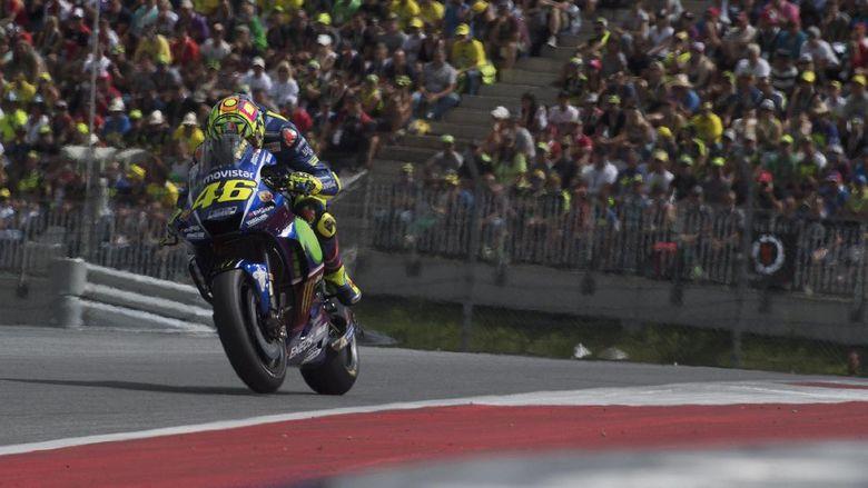 Valentino Rossi Berpacu Melawan Waktu