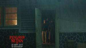 Ibu Pulang Membawa Teror di Trailer Pengabdi Setan