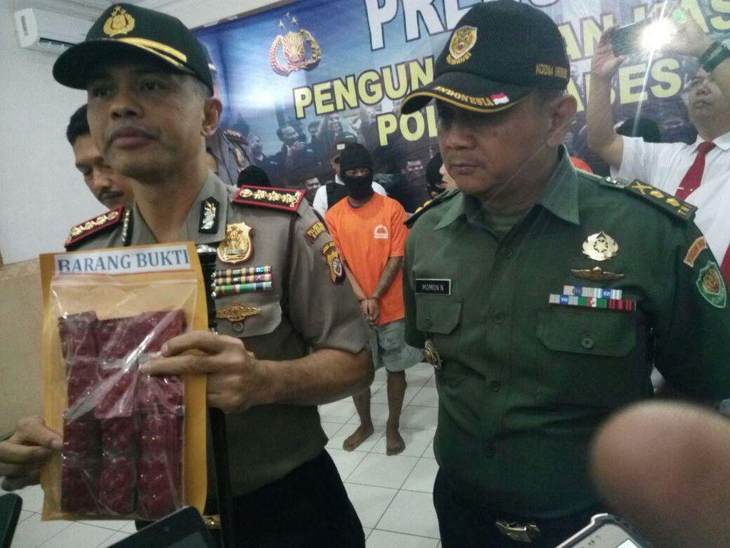 Polisi Gagalkan Peredaran Ribuan Pil Happy Five di Bandung
