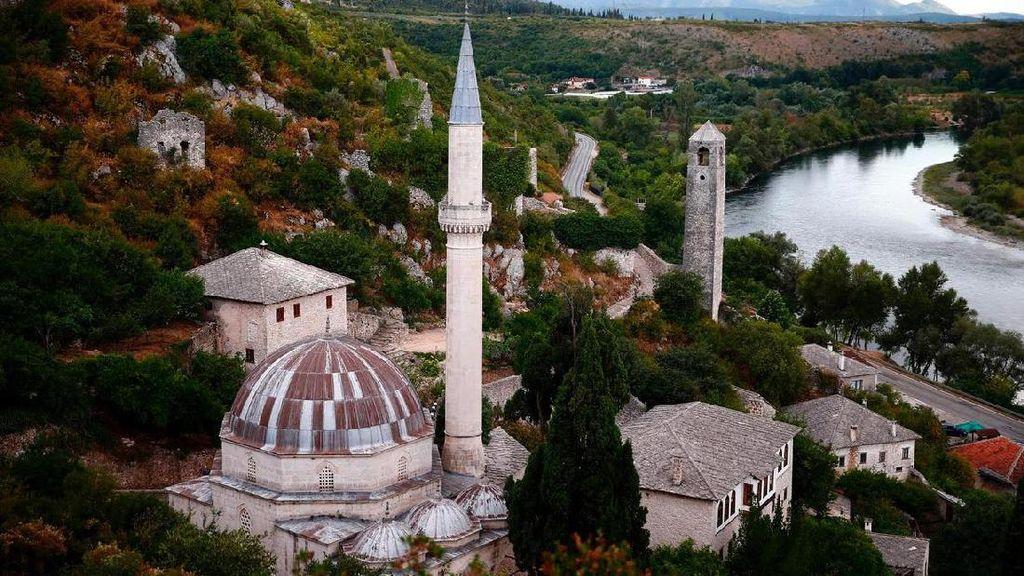 Foto: Kisah Toleransi Islam, Kristen dan Yahudi di Bosnia