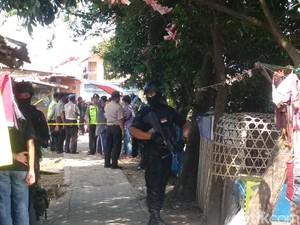 Keluarga Tak Ketahui Keberadaan AK yang Diciduk Densus 88 di Bandung