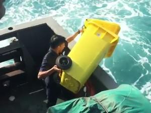 Kata Peneliti Kelautan Soal Petugas Kapal Buang Sampah ke Laut Natuna