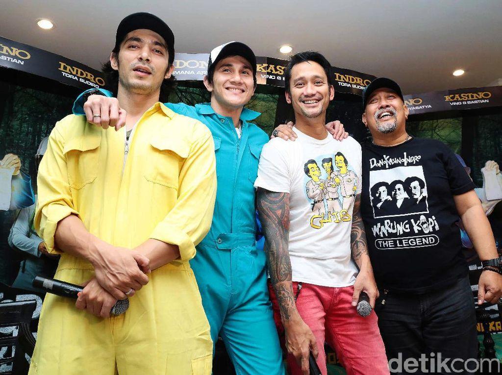 Bahagianya Tora Sudiro Kembali bersama Cast Warkop DKI Reborn