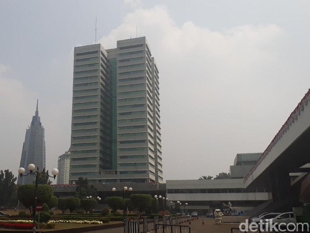 Fahri Tuding Duit Gedung Baru DPR Dilarikan ke Pesta IMF di Bali