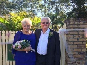 Menikah Setelah Menjadi Tetangga Selama 54 Tahun