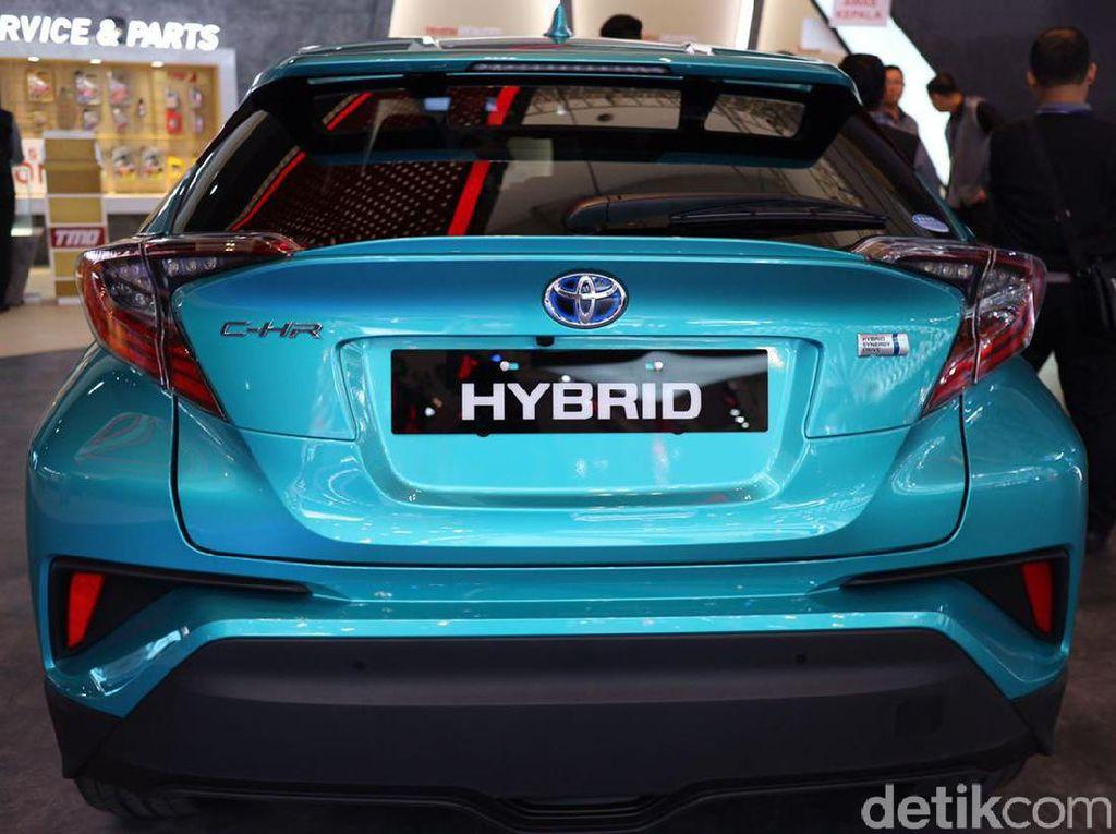 C-HR Hybrid Tembus Rp 600 Juta?