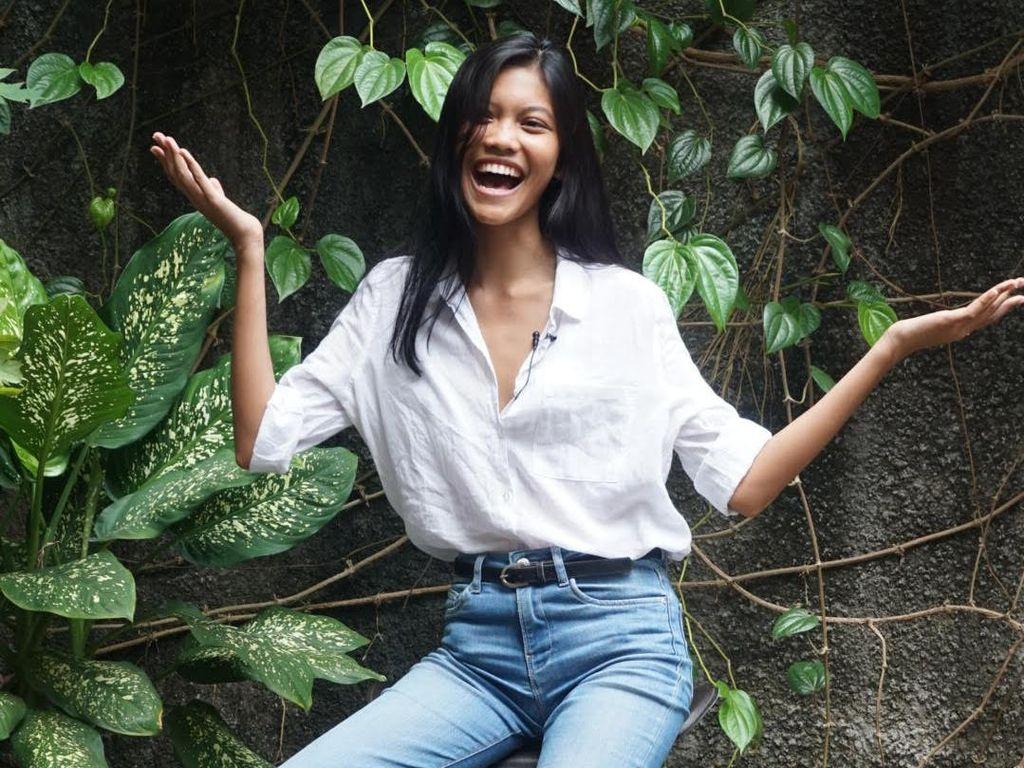 Video Wawancara Laras Sekar, Model Indonesia yang Eksis di Paris Fashion Week