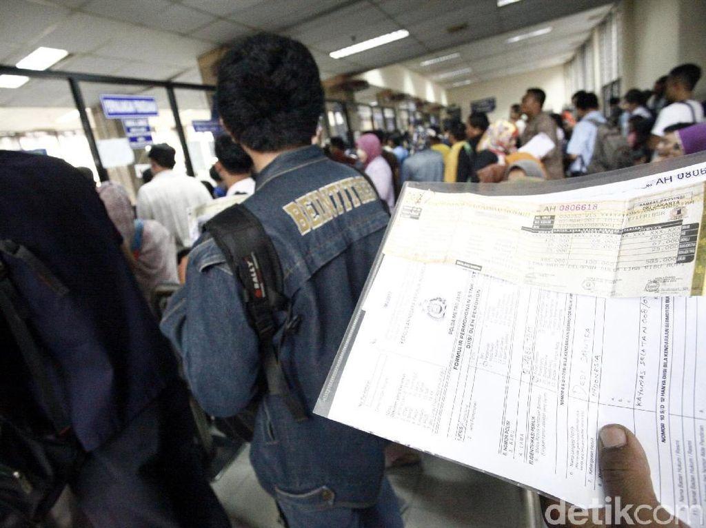 Alasan Banyak Pemilik Mobil Mewah di Jaksel Nunggak Bayar Pajak