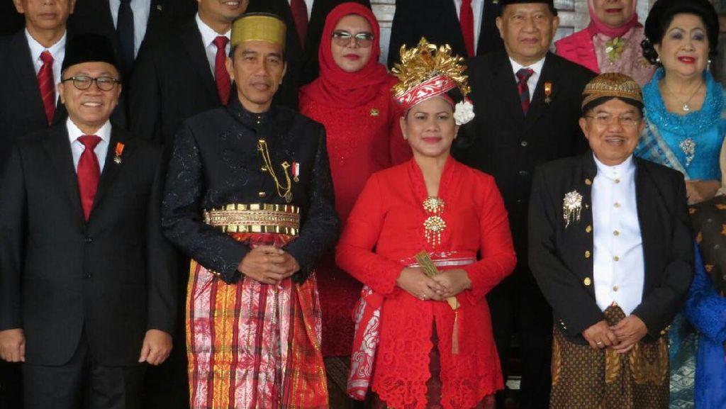 Foto: Ini Jokowi yang Katanya Jadi Karaeng Paling Ganteng se-Indonesia