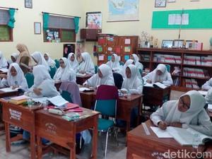 Hampir 9 Jam di Sekolah, Pelajar: Full Day School Banyak Manfaatnya