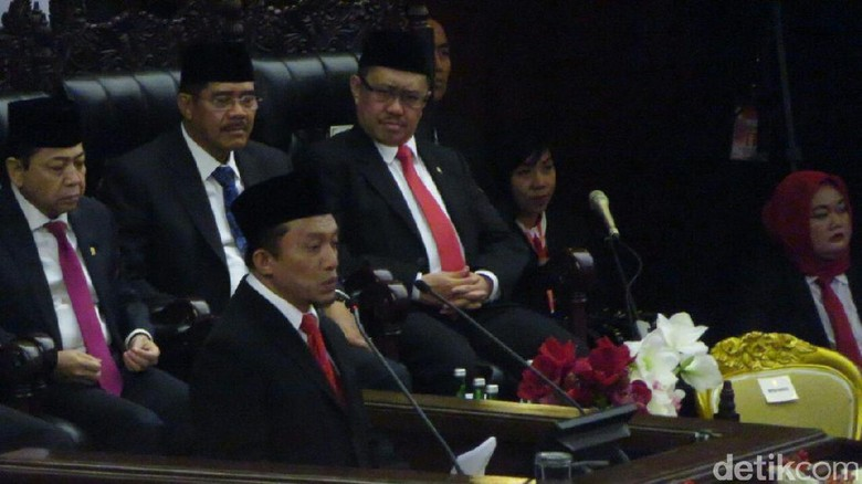 Doa Tifatul di Sidang Tahunan: Gemukkan Badan Jokowi yang Makin Kurus