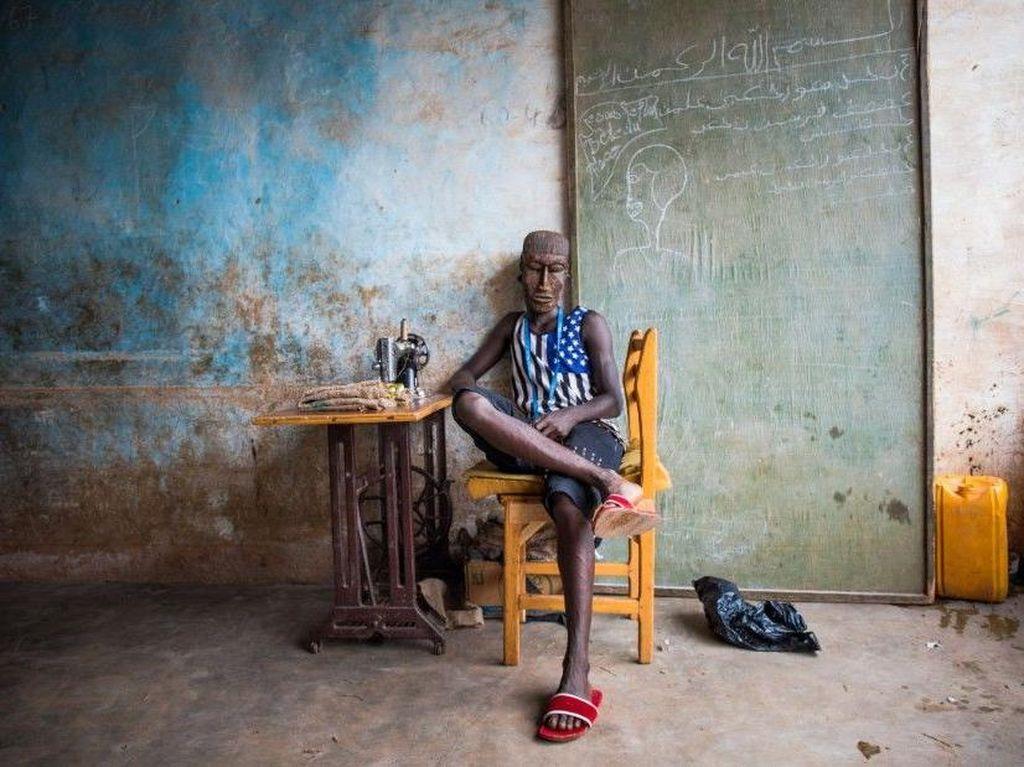 Foto: Manusia Topeng dari Afrika