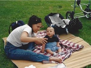 Nggak Lupa Indonesia Meski Anak Lahir dan Besar di Belanda