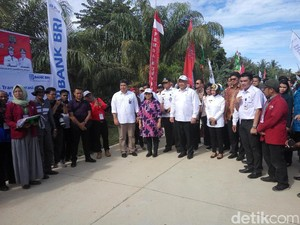 Mendes Ikuti Upacara HUT ke-72 RI di Pulau Sebatik