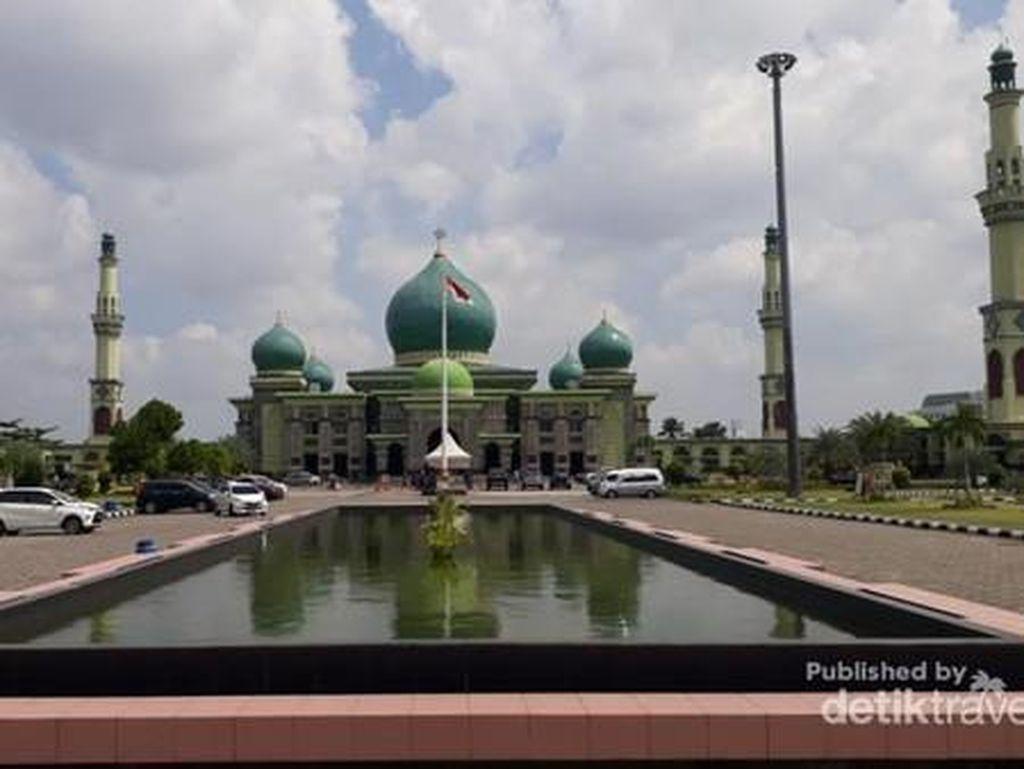 Tiket Pesawat Mahal, Penjualan Paket Wisata di Riau Menurun