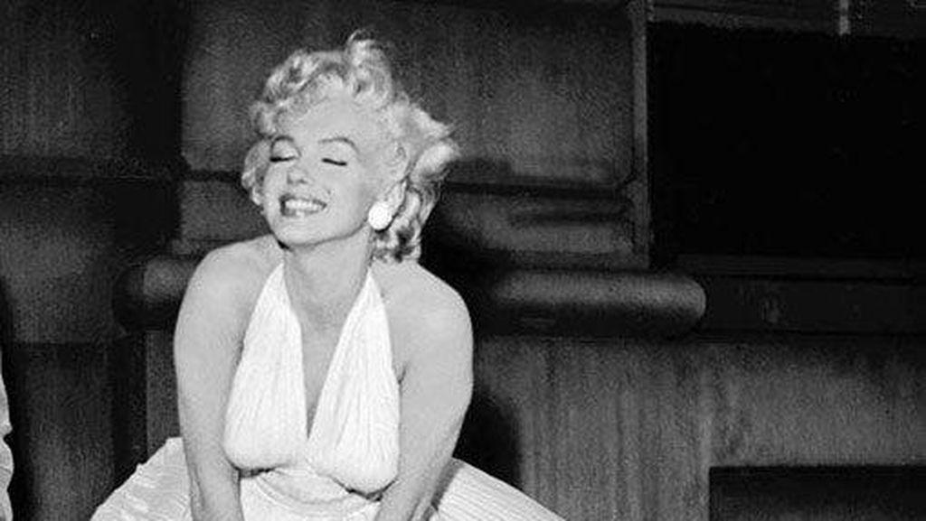 Gaun Marilyn Monroe Ini Jadi Baju Ikonik Termahal Sepanjang Sejarah