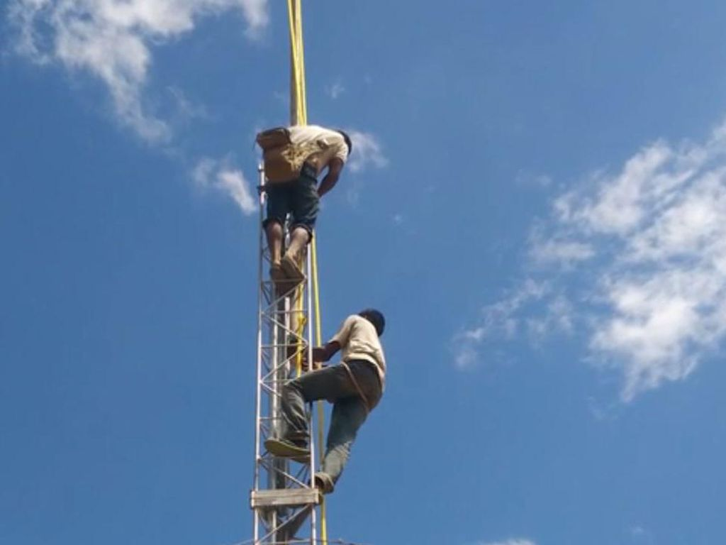 Tantangan Bangun Jaringan Internet di Pedesaan
