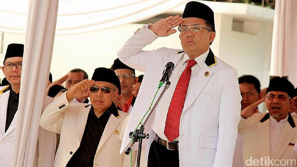 Anies Dicegah Dampingi Jokowi di Piala Presiden, PKS: Itu Aneh